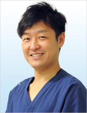 歯科医師 奥村亮司