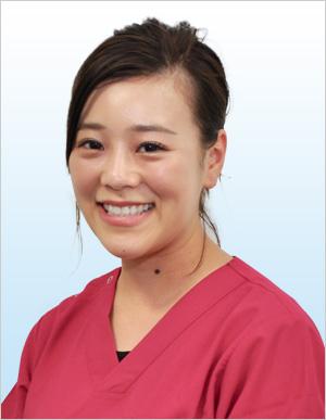 歯科助手 鈴木麻友