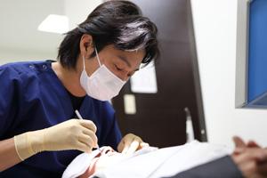 歯の根の痛み、根管治療