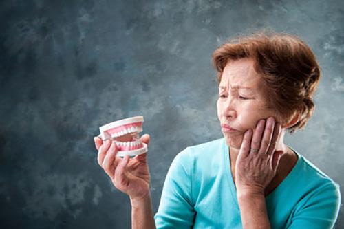 歯周病は口臭の原因
